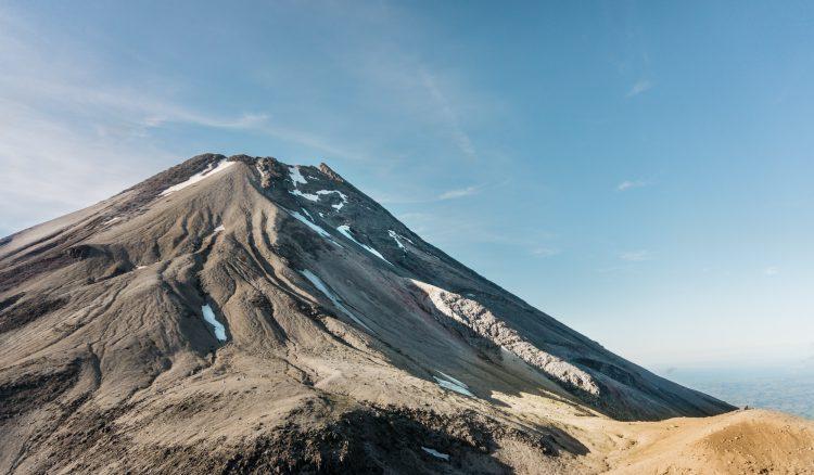 Fanthams Peak - Mount Taranaki, Neuseeland | © Boardshortslife