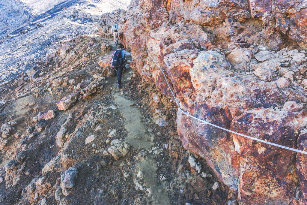 Gut festhalten auf dem Weg zum Red Crater