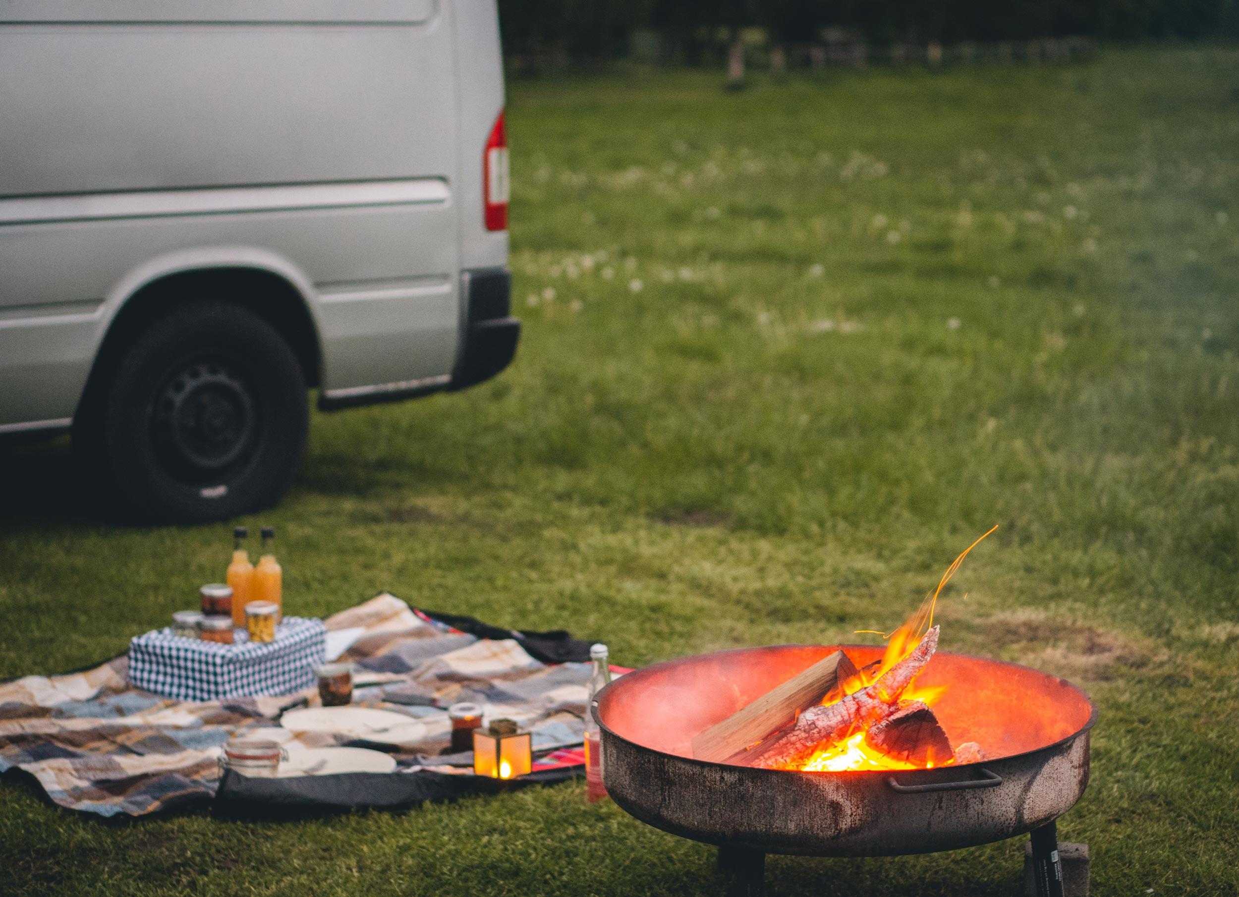 Camping im Münsterland - Lagerfeuer auf dem Naturcampingplatz Hof Könink